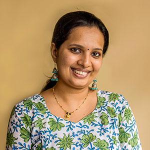 Dr Aparna